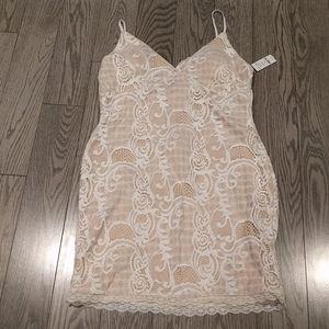 👠👠 White lace dress by Atdene👠👠